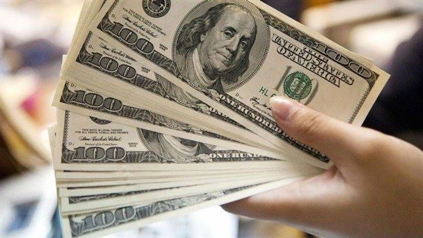 الدولار ينهار.. أكبر تراجع أسبوعي لـ العملة الأمريكية.. تفاصيل