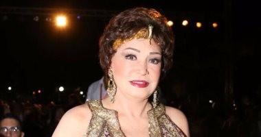 لبلبة تغادر القاهرة للإمارات كضيفة شرف فى مهرجان الفجيرة المسرحى للمنودراما