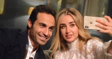 """""""لو كتبتلها كومنتات حضربك"""".. سر تهديد أحمد فهمى لمصطفى خاطر"""