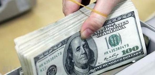 استقرار أسعار الدولار الأمريكي في البنوك الحكومية والخاصة