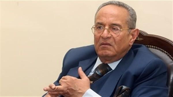 «أبو شقة» يفصل النائب محمد فؤاد من كافة تشكيلات «الوفد»