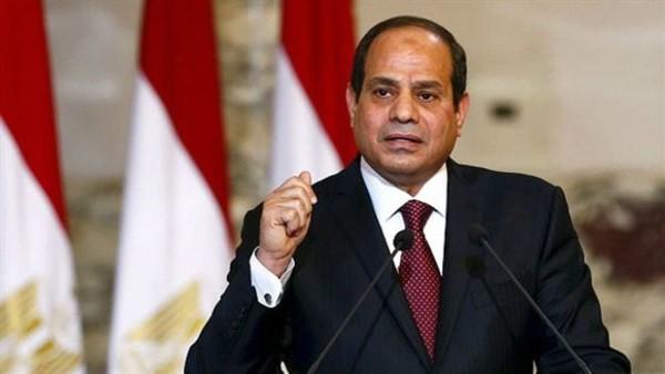 القيادات التنفيذية بمركز بلبيس توقع على استمارة «علشان تبنيها» لدعم الرئيس