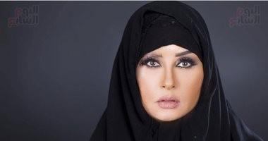تخيل مطربتك بالحجاب.. أنغام خليجية ولطيفة صعيدية وسميرة سعيد شعبية - صور