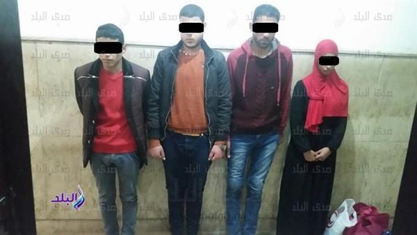 ضبط 3 شباب خلال ممارسة الرزيلة مع ربة منزل بالمحلة