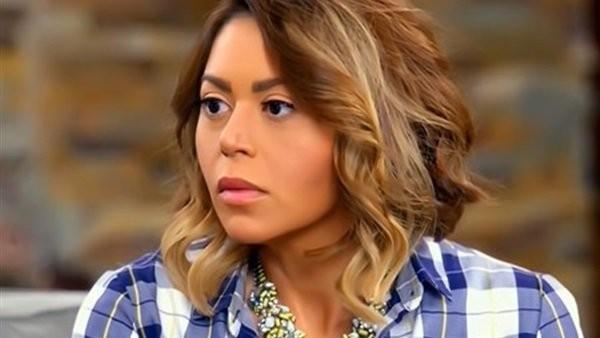 لقاء الخميسي تكشف عن جنسيتها لأول مرة على الهواء ..فيديو