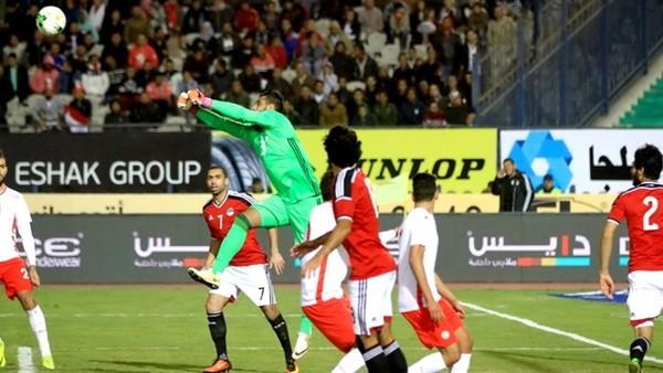 تشكيل مصر المتوقع أمام النيجر.. الشناوي يحرس المرمى وكوكا يقود الهجوم