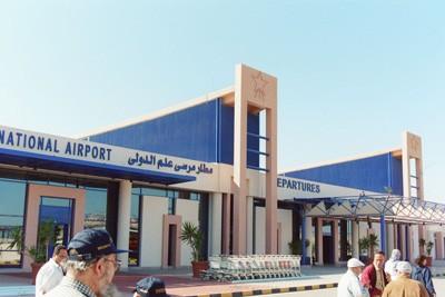 """مطار مرسي علم يستقبل أولي رحلات """"توماس كوك"""""""