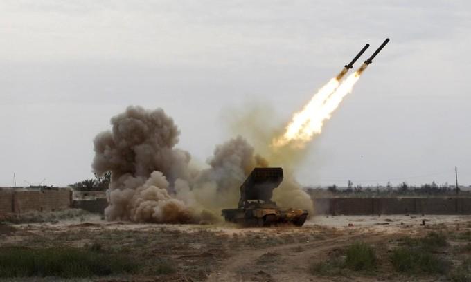 القيادة المركزية الأمريكية: إيران تزود الحوثيين بالصواريخ