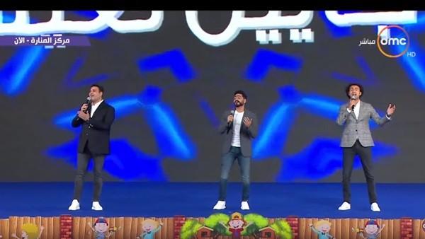 وصلة ضحك مع تامر حسني.. كوميديا أكرم حسني وعلي ربيع في كواليس أغنية الحياة.. فيديو