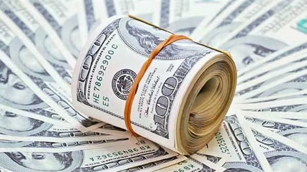 الضرائب: رفع سعر الدولار الجمركي يهدف إلى حماية الصناعة المصرية