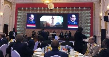 البشير يقيم حفل عشاء للرئيس السيسى بالقصر الجمهورى