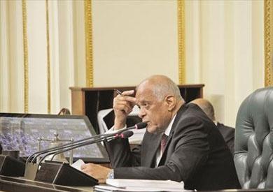 «عبد العال»: نواب يتهمون السادات بتزوير توقيعاتهم على مشروعات قوانين