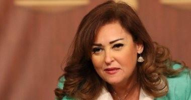 نهال عنبر تكشف تفاصيل الحالة الصحية لـ عزت أبو عوف
