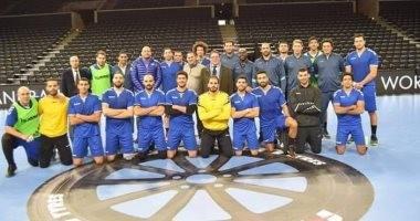 منتخب اليد بالأحمر والأسود أمام الأرجنتين فى مونديال اليد