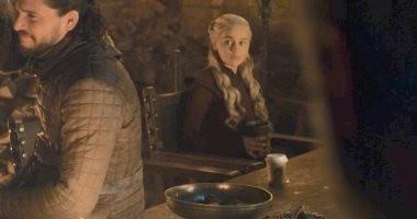 Game of Thrones .. أم التنانين تنفى علاقتها بكوب قهوة الحلقة الـ4.. صور