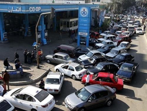 """""""البترول"""": رفع أسعار البنزين والسولار وغاز السيارات بدءا من اليوم الجمعة"""