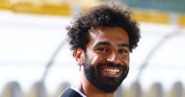 سوبر كورة.. محمد صلاح يطالب طباخ المنتخب بهذه الأكلة