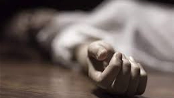 شاكوش وآثار دماء.. العثور على جثة سيدة متحللة داخل منزلها بـ الشرقية