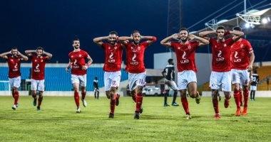 """الأهلي يصرف 7 ملايين جنيه للاعبيه قبل 24 ساعة من """"صدام"""" الزمالك"""