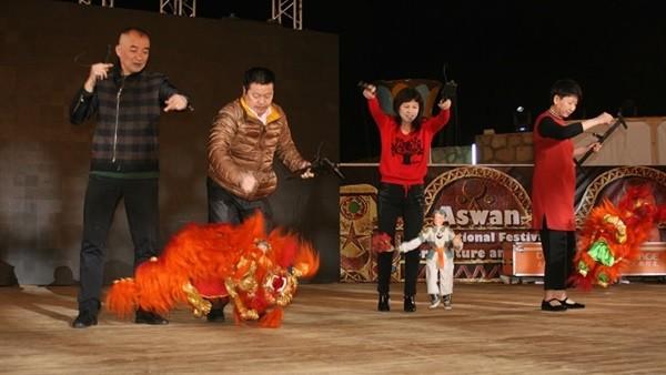 رئيس قصور الثقافة يتابع البروفة النهائية لافتتاح مهرجان أسوان.. صور