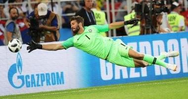 سكاى سبورتس الإيطالية: ليفربول يضم أليسون حارس روما بـ75 مليون يورو
