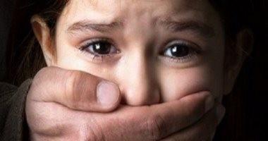 أولياء أمور يتهمون صاحب مدرسة بمصر الجديدة باغتصاب ثلاثة تلاميذ