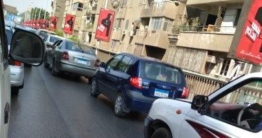 النشرة المرورية ...كثافات مرتفعة بمعظم محاور و ميادين القاهرة و الجيزة