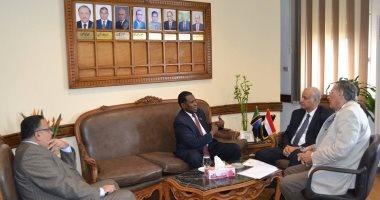 جامعة الإسكندرية تستقبل سفير تنزانيا بالقاهرة لبحث تبادل الخبرات العلمية