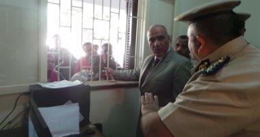 بالصور.. مدير أمن أسوان يفتتح أعمال تطوير السجل المدنى بكوم أمبو