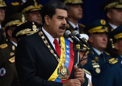 فيديو.. رئيس فنزويلا ينجو من محاولة اغتيال بطائرات مسيرة