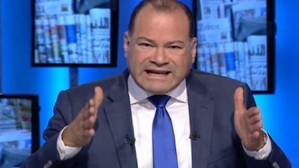 الديهي يكشف تفاصيل واقعة 'السيارة الجيب' التي هزت مصر
