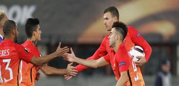 بالفيديو.. روما يحقق فوزا عريضا على أوستريا في مباراة الأهداف الستة بالدوري الأوروبي
