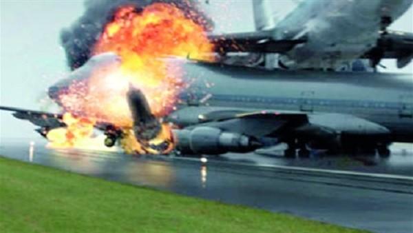 شاهد.. لحظة انفجار طائرة بمجرد إقلاعها