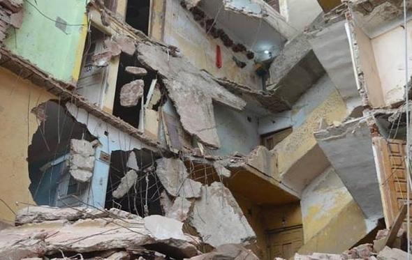 التحقيق مع مهندسي حي غرب بشأن انهيار أحد العقارات في الإسكندرية