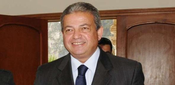 عبدالعزيز: الحكومة تكلّف وزير العدل بدراسة صلاحيات الرئيس للإفراج عن الشباب المحبوس