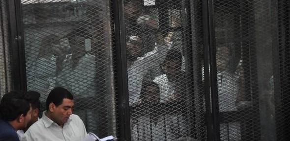 """رفع جلسة استئناف النيابة على براءة 52 متهما بالتظاهر في """"ترسيم الحدود"""""""
