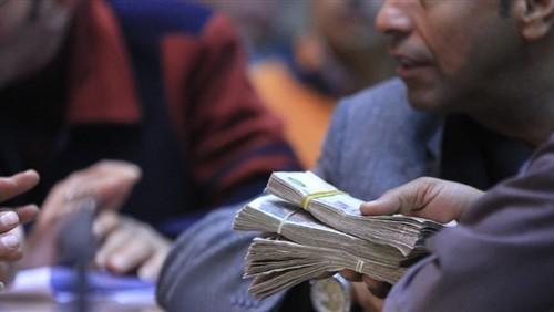 القبض على ضابطين في قضية رشوة «رئيس مصلحة الجمارك»