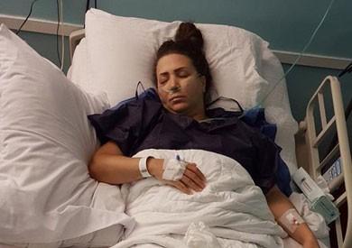 إيمان عز الدين تخضع للجراحة الثانية في الساق