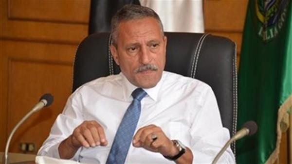 حقيقة استقالة محافظ الإسماعيلية من منصبه.. نائب برلماني السبب
