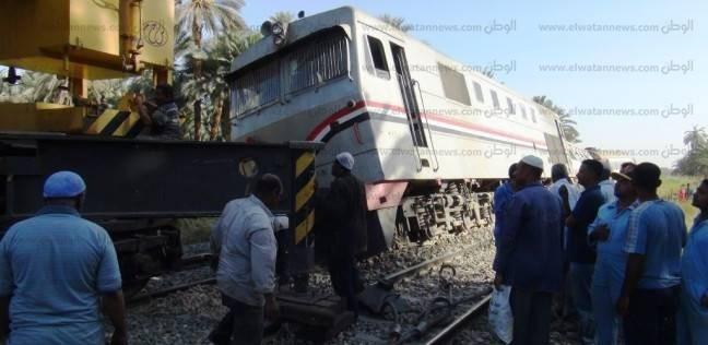 """حادث """"قطار أسوان"""" يعجل رحيل رئيس السكة الحديد.. و""""أتوبيسات"""" لحل الأزمة"""