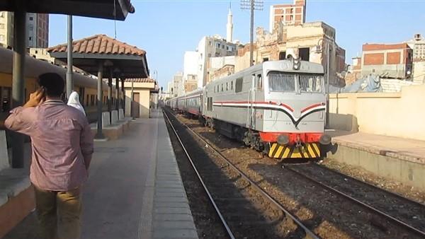 السكة الحديد: تأخر قطار المنصورة 30 دقيقة على خط الزقازيق القاهرة