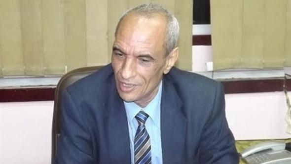 إقالة مديرة مدرسة أغلقت المنشأة بـ«جنازير» لمنع لجنة من التفتيش