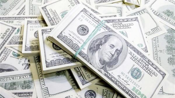 بعد أكبر تراجع للدولار.. برلماني: انخفاض كبير في الأسعار الفترة المقبلة