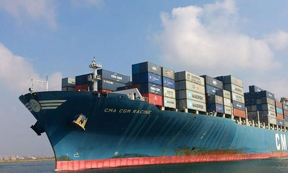 ميناء دمياط استقبل السفينة MERCURIUS محملة بـ 33000 طن ذرة