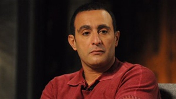 أحمد السقا يدفن هيثم أحمد زكى بيده | تفاصيل
