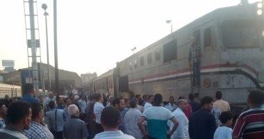 توقف حركة القطارات بالمنيا بسبب تعطل القطار 158 القادم من الإسكندرية