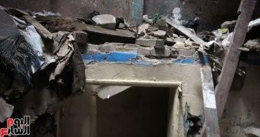 فيديو وصور.. مصرع سيدة و3 من أبنائها فى انهيار عقار من 3 طوابق بالشرابية