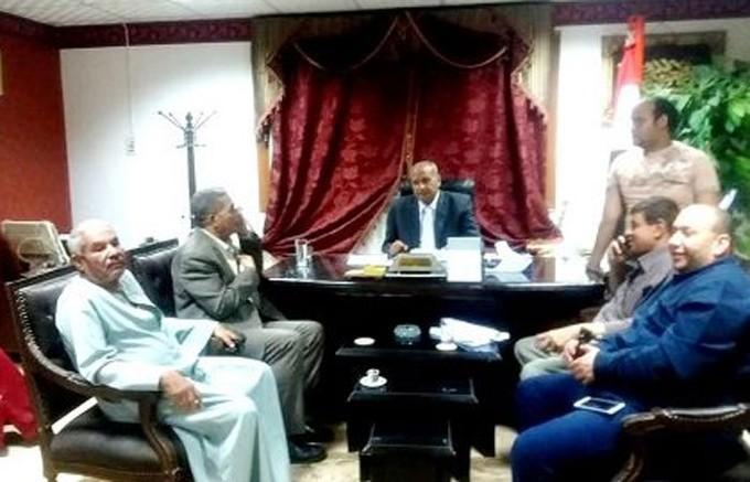 تسليم المواقع لبناء 17 مدرسة بمدينة وقرى المنشاه بسوهاج