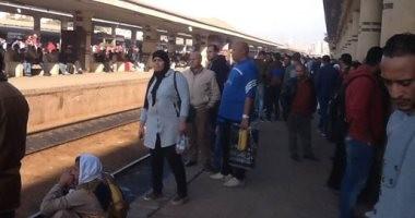 سكك حديد مصر تعتذر للركاب لتأخر بعض القطارات عن مواعيدها
