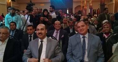 """رئيس جامعة الفيوم يشارك بمنتدى """"طلاب من أجل مصر"""" بجامعة جنوب الوادى"""